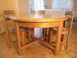Table en orme massif avec ses 4 chaise empaillée