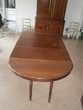 Table ovale, extensible en noyer 19ième + 4 Chaises Meubles