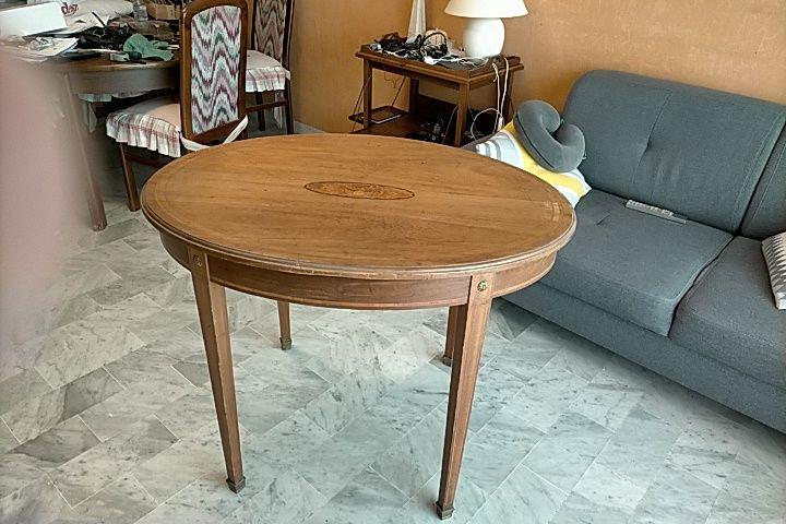 Table ovale maquettée 120 Nice (06)