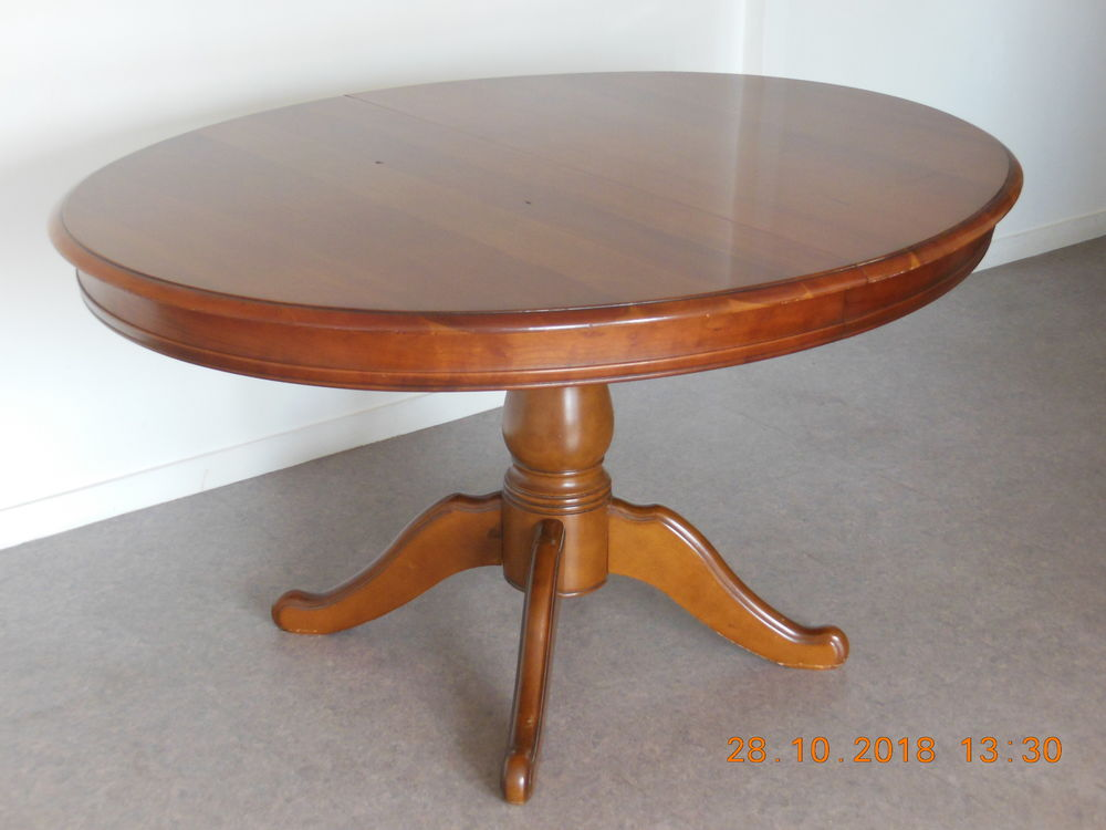 Table ovale merisier (pied central) + 2 rallonges 200 Nantes (44)