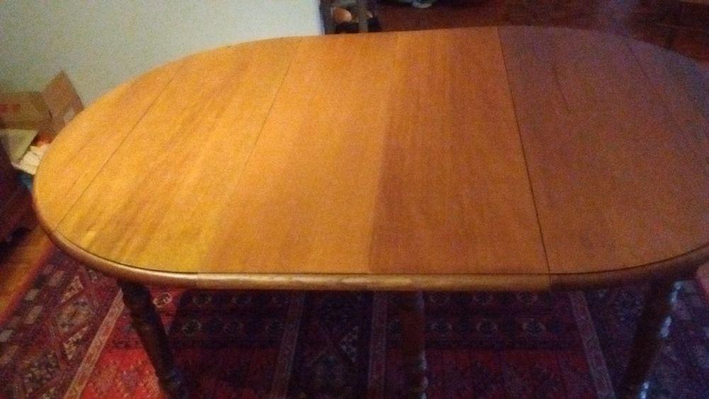 TABLE OVALE A RALLONGES110X108XH73 CMS 0 Vénissieux (69)