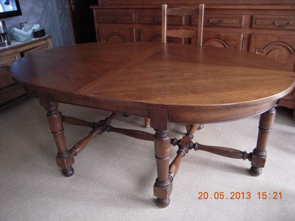 Achetez table ovale de salle occasion annonce vente st jean de la ruelle 45 wb144922389 - Table de jardin ovale extensible fort de france ...