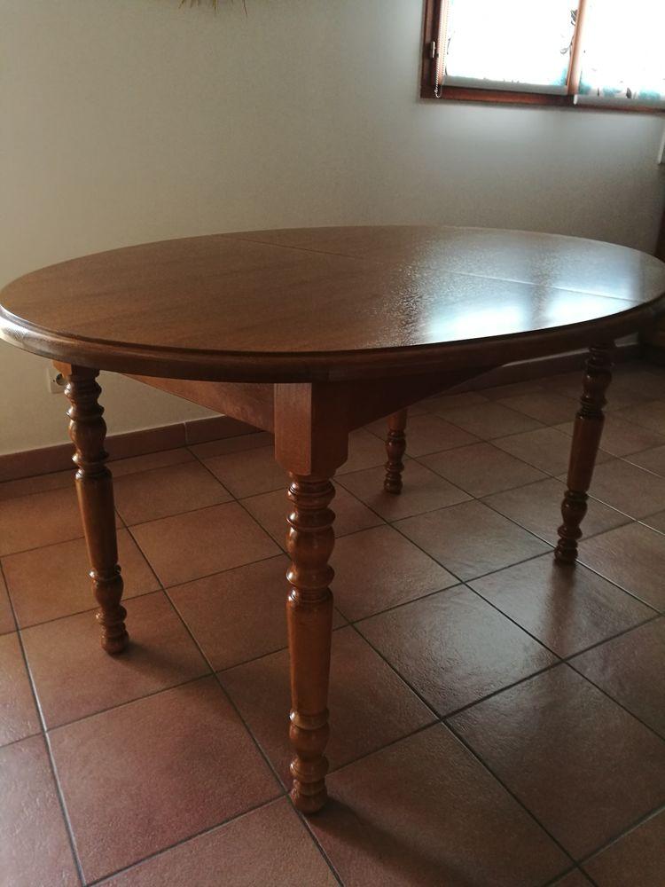 Table ovale 0 Lapeyrouse (01)