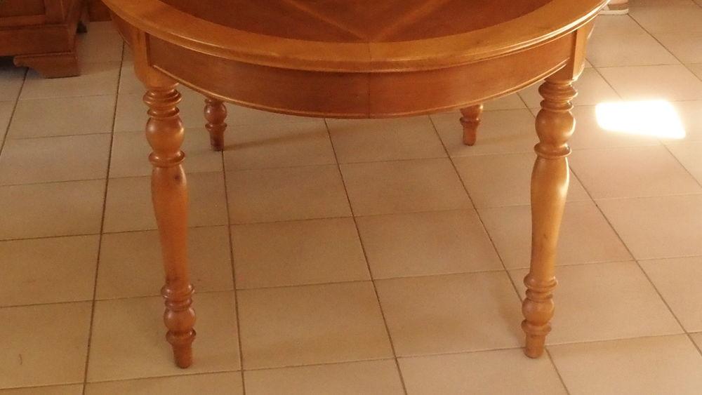TABLE OVALE 280 Notre-Dame-de-Sanilhac (24)