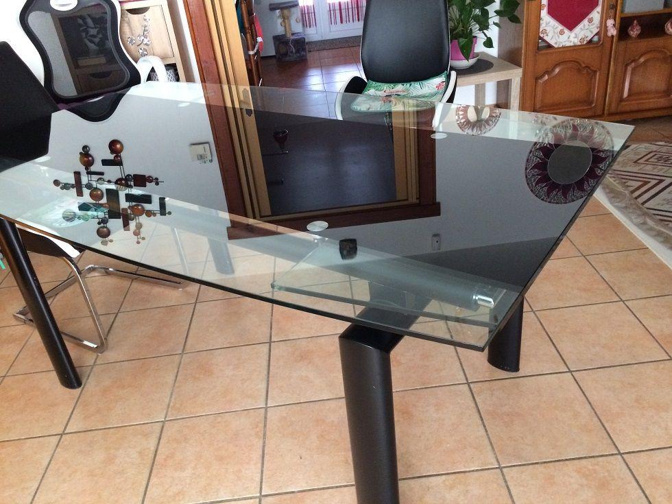 Table à plateau en verre 100 Grenade-sur-l'Adour (40)