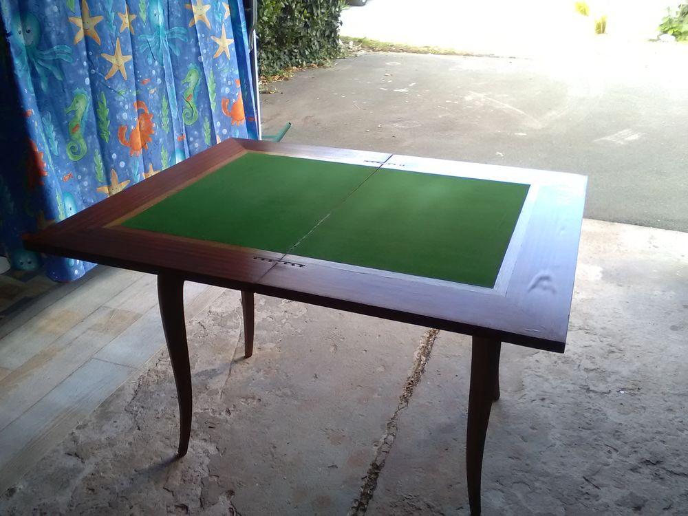 TABLE DE JEU PLIANTE 60 Saint-Denis-d'Oléron (17)