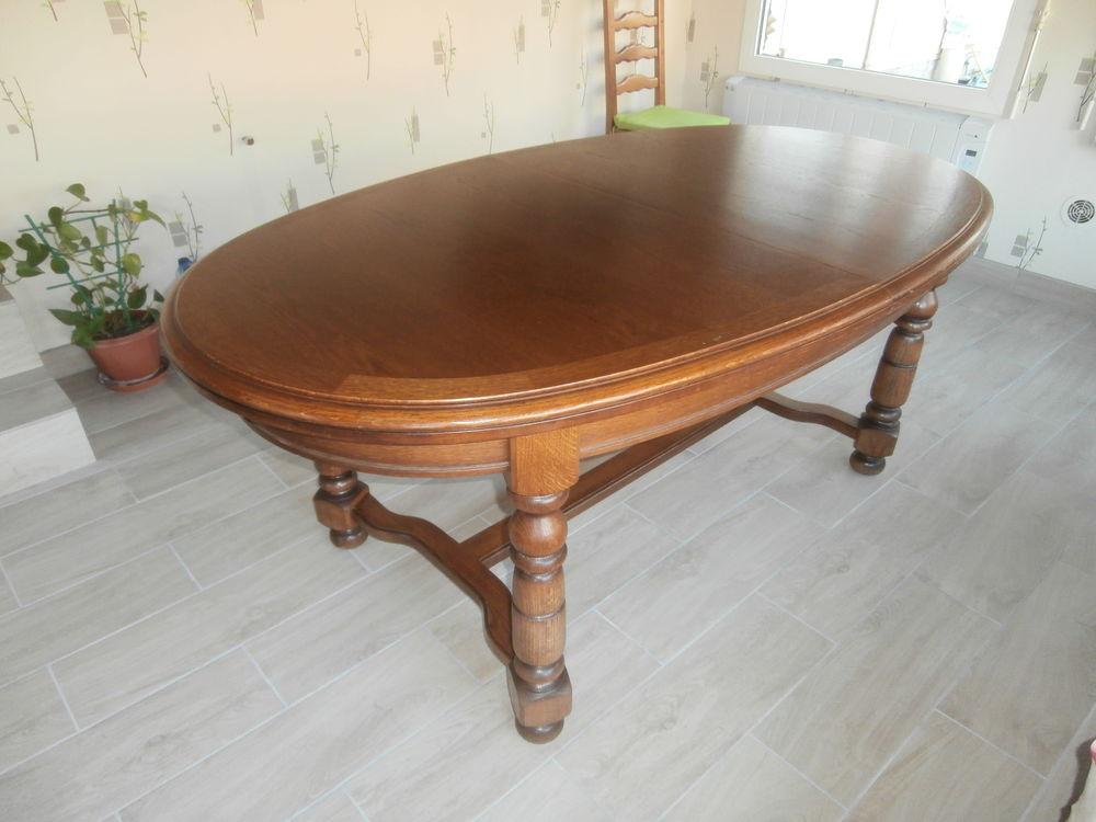 table plus 4 chaises  150 Cantenac (33)