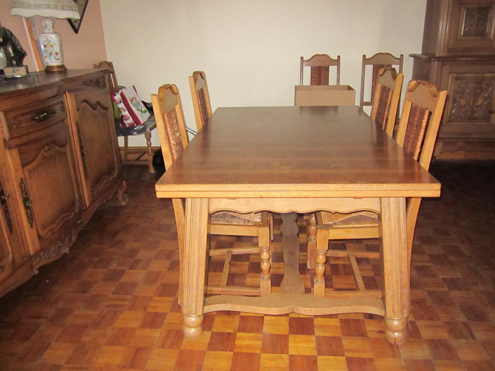 table plus chaises 50 Thourie (35)