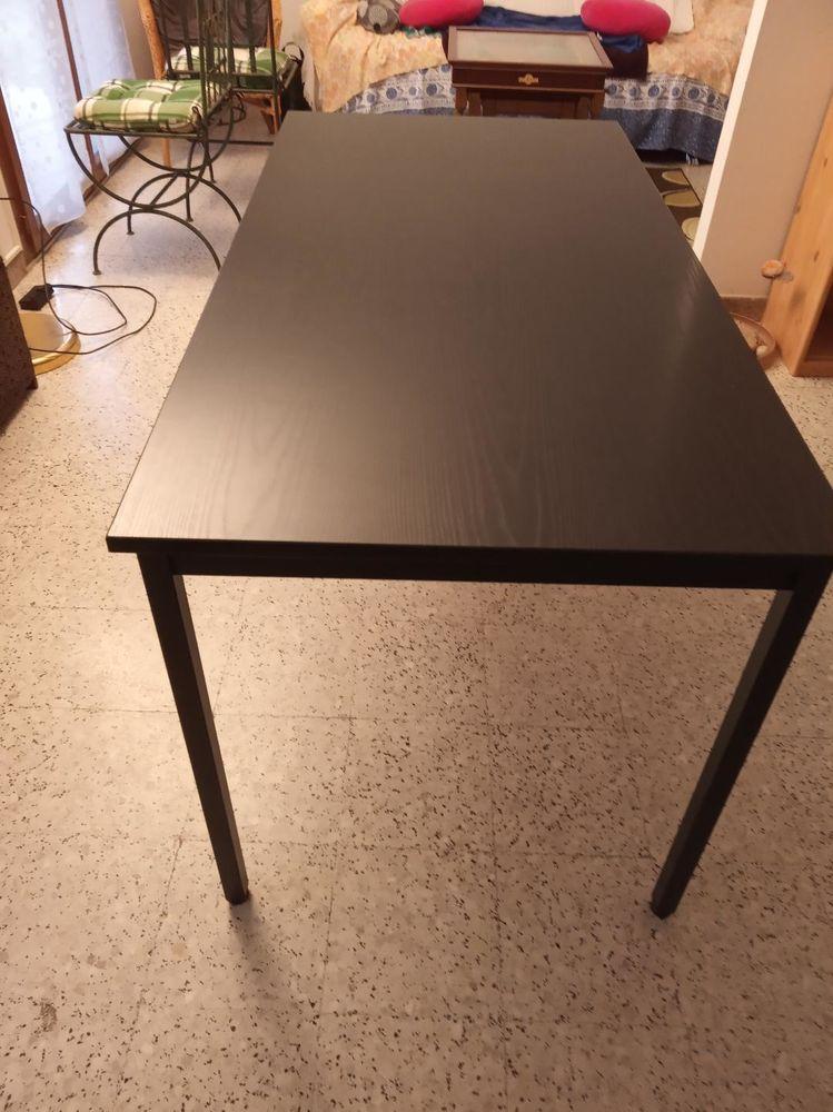 table polyvalente 80 Clapiers (34)