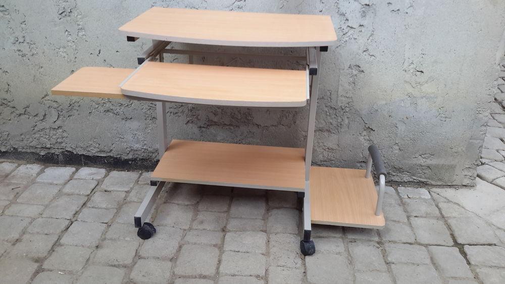 Table pour ordinateur 20 Aiglun (04)