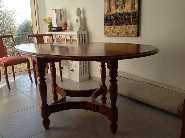 table en merisier occasion dans les alpes de haute provence 04 annonces achat et vente de. Black Bedroom Furniture Sets. Home Design Ideas