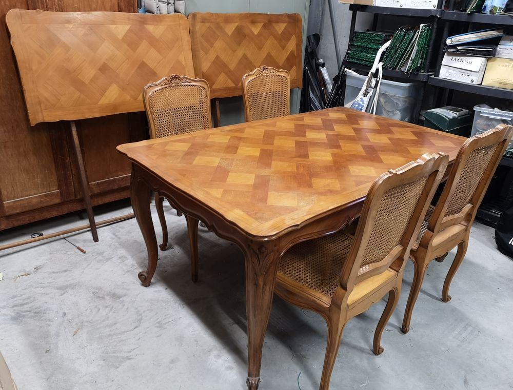 TABLE + 2 RALLONGES + 4 CHAISES MERISIER STYLE REGENCE 0 Carpentras (84)