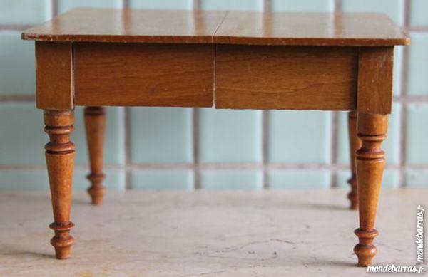 Table à rallonges maison de poupée 20 Paris 14 (75)