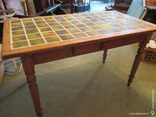 TABLE RECTANGULAIRE CARRELEE 60 Leers (59)