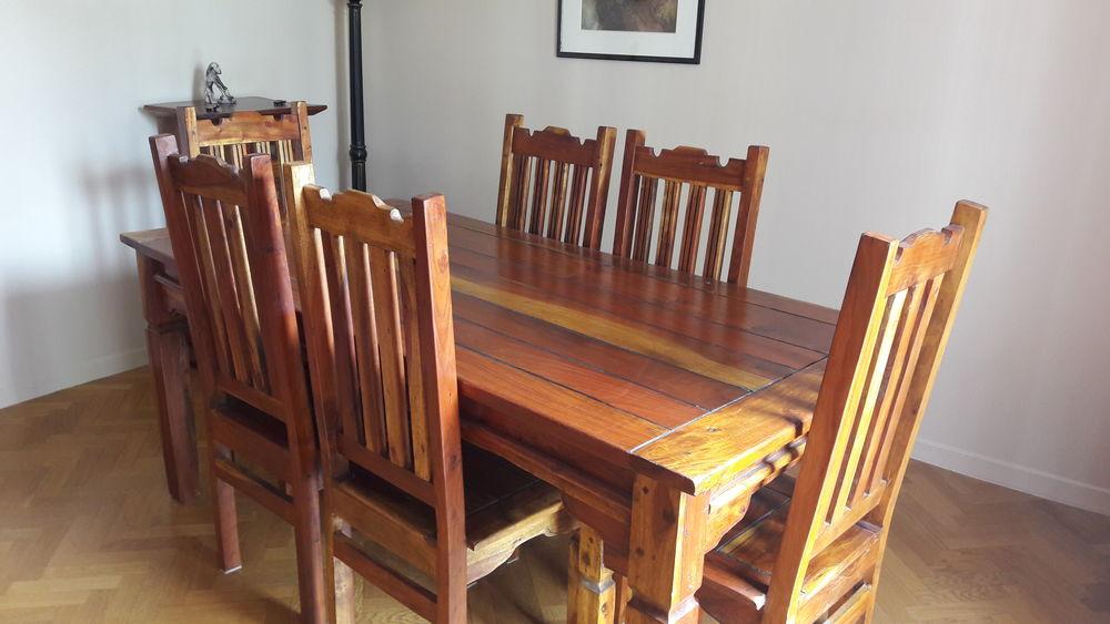 Table rectangulaire et chaises en acacia massif 590 Thiais (94)