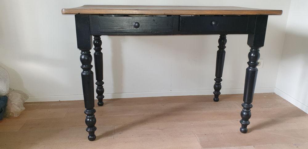 Table rectangulaire 110 Lyon 3 (69)