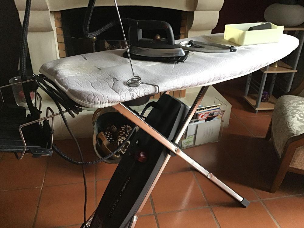 Achetez Table A Repasser Occasion Annonce Vente A Veigy Foncenex