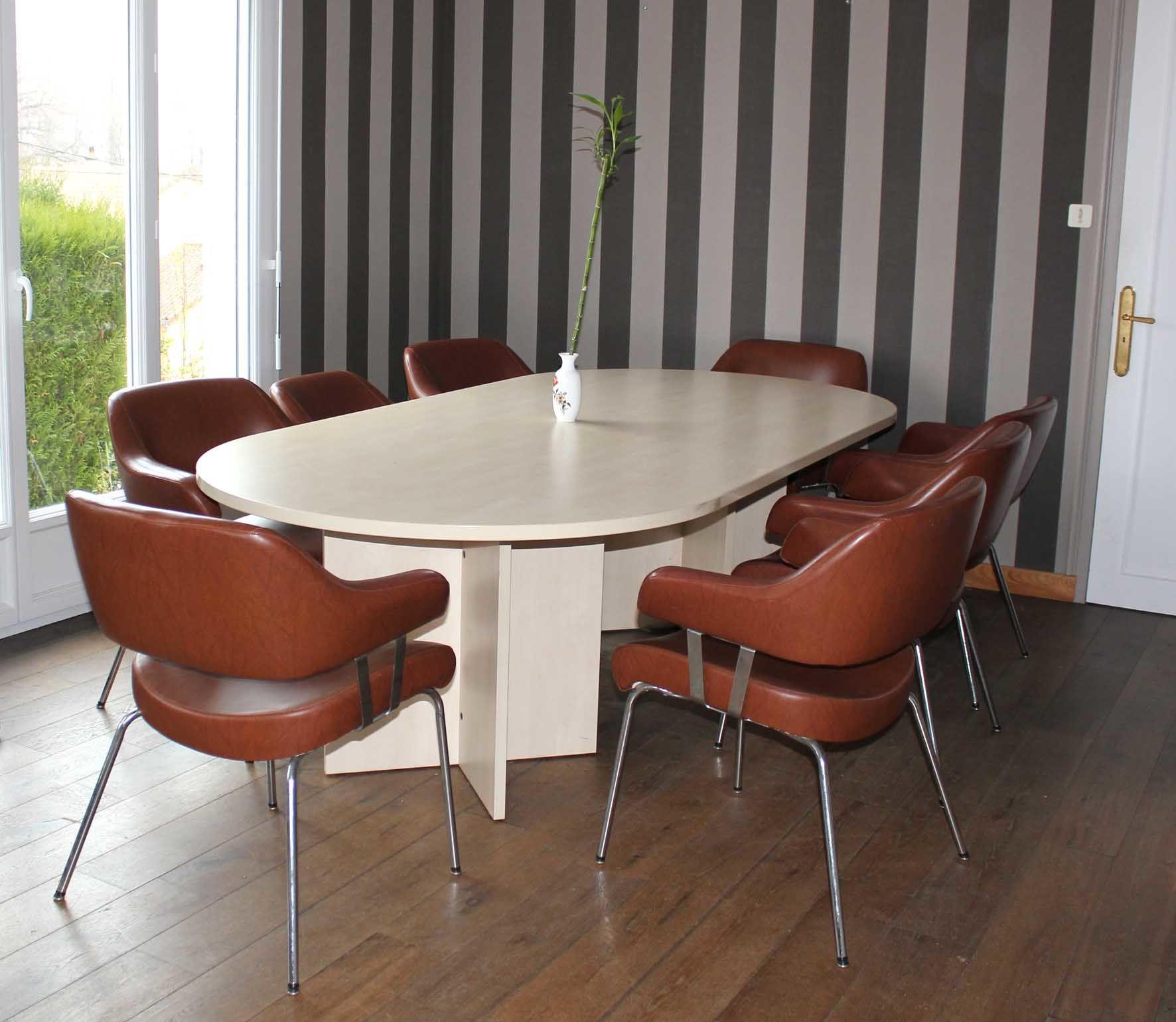 achetez table de r union et occasion annonce vente limoges 87 wb155020238. Black Bedroom Furniture Sets. Home Design Ideas