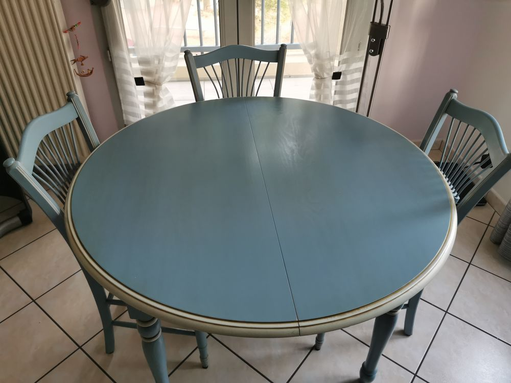 TABLE RONDE 115CM PIN MASSIF BLEUE LAVANDE 0 Oullins (69)