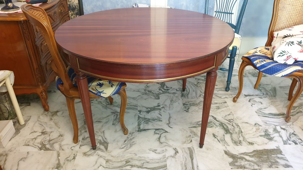 Table ronde 160cm - Style Louis XVI 0 Cannes (06)