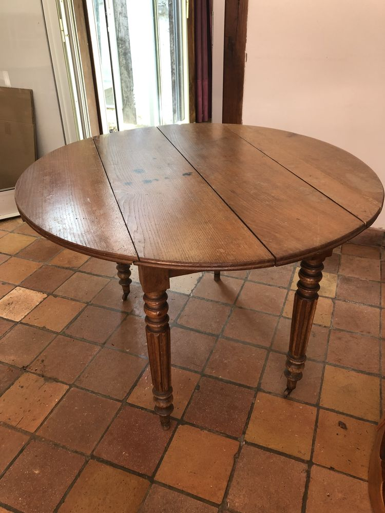 Table ronde ancienne 120 Versailles (78)