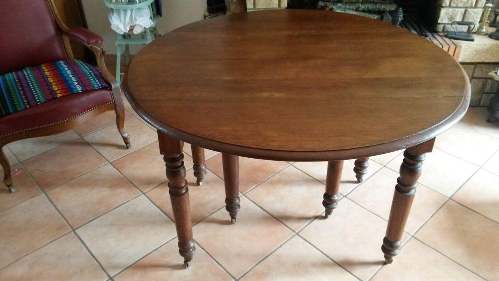 table ronde ancienne 250 La Norville (91)