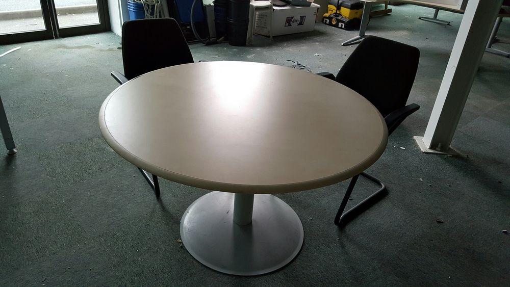 Achetez table ronde avec 4 occasion annonce vente - Meubles cannes la bocca ...