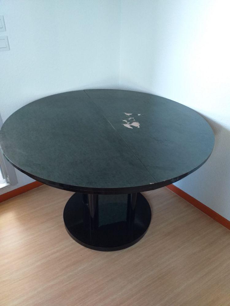 Table ronde avec rallonge 10 Bergerac (24)