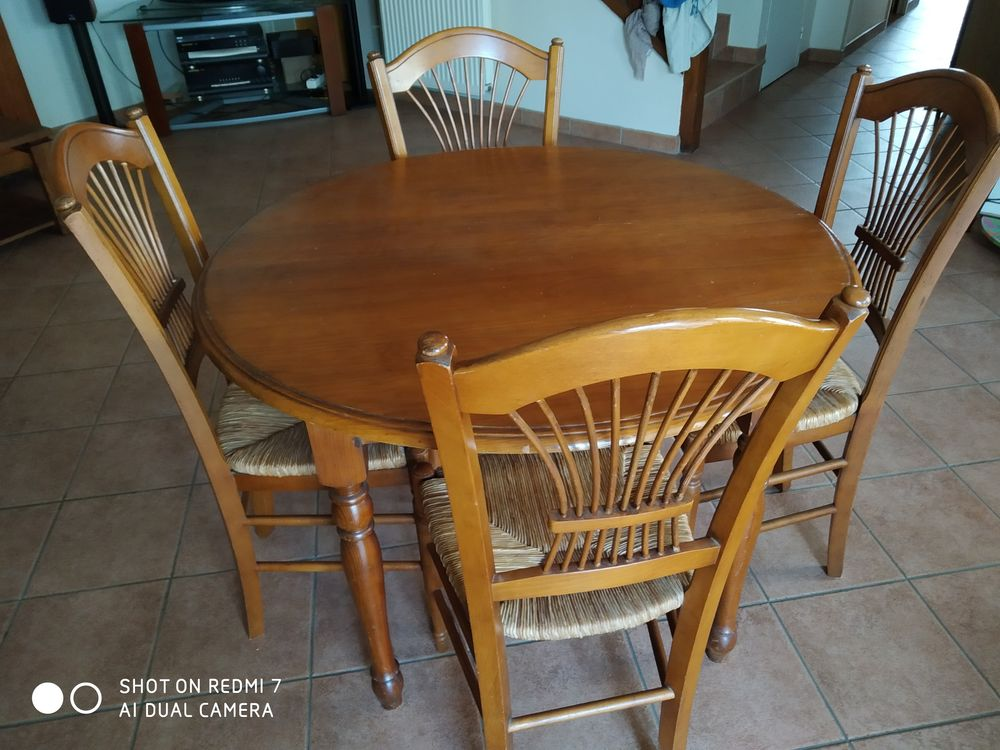 Table ronde avec deux rallonges, et 6 chaises 0 Massy (91)