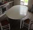 Table ronde blanche et 4 chaises Meubles