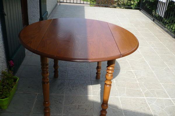 TABLE RONDE EN BOIS 200 Joux (69)