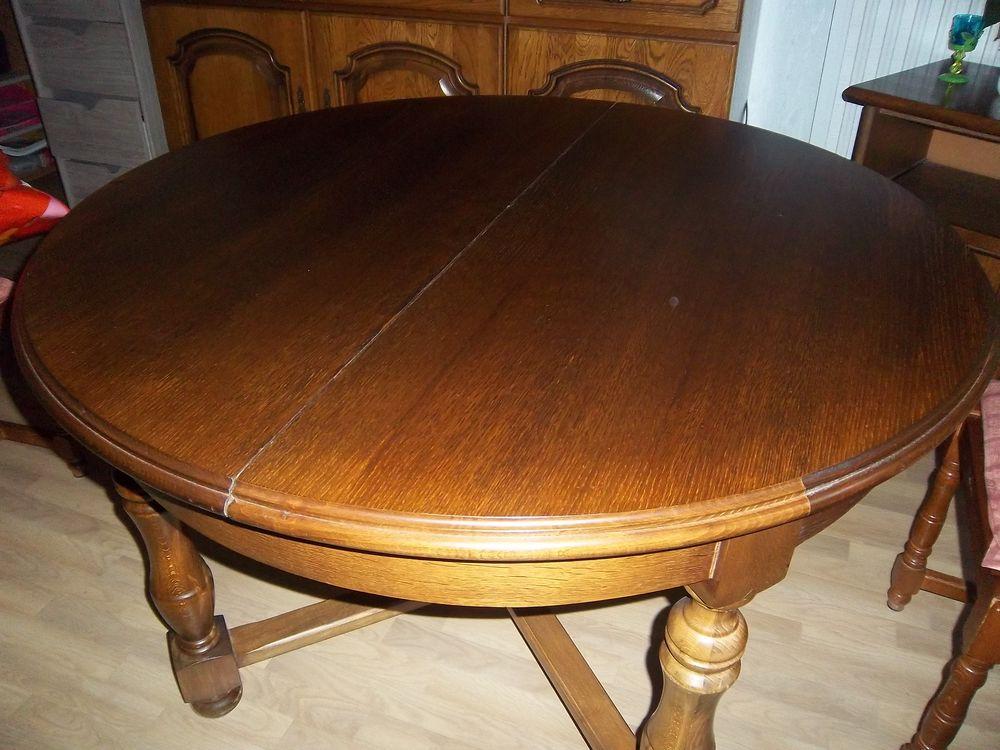 achetez table ronde en bois occasion annonce vente. Black Bedroom Furniture Sets. Home Design Ideas
