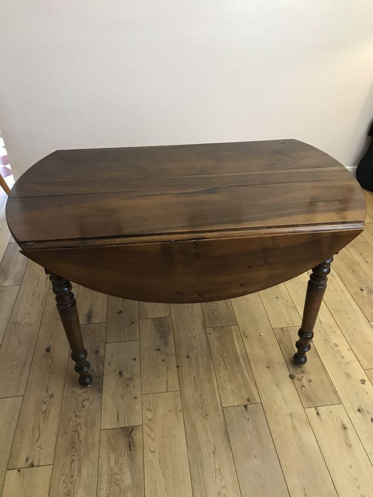 table ronde en bois 100 Nanterre (92)