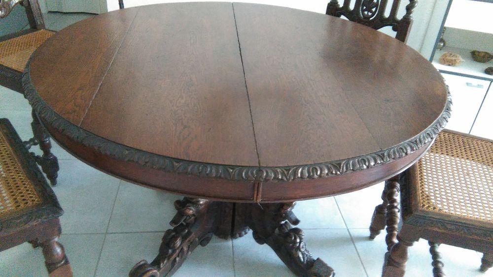 table ronde en bois + rallonges + 5 chaises cannées 250 Fréjus (83)