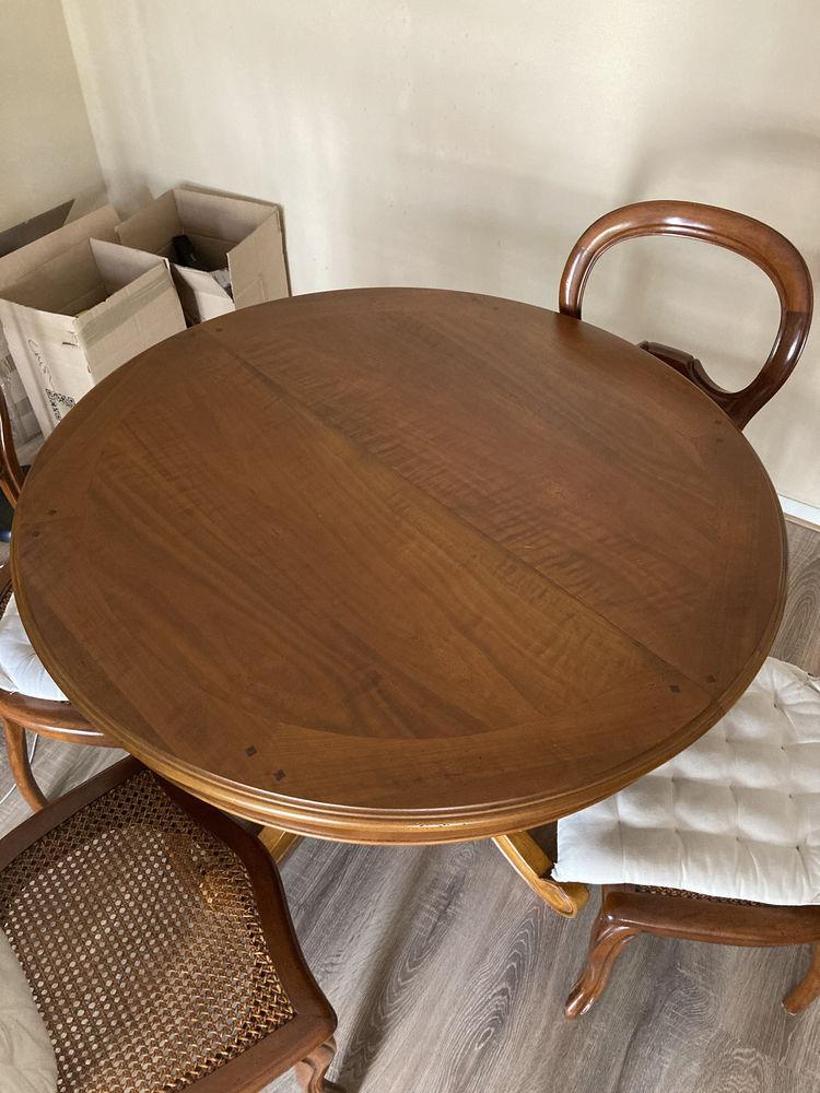 Table ronde en bois massif  450 Levallois-Perret (92)