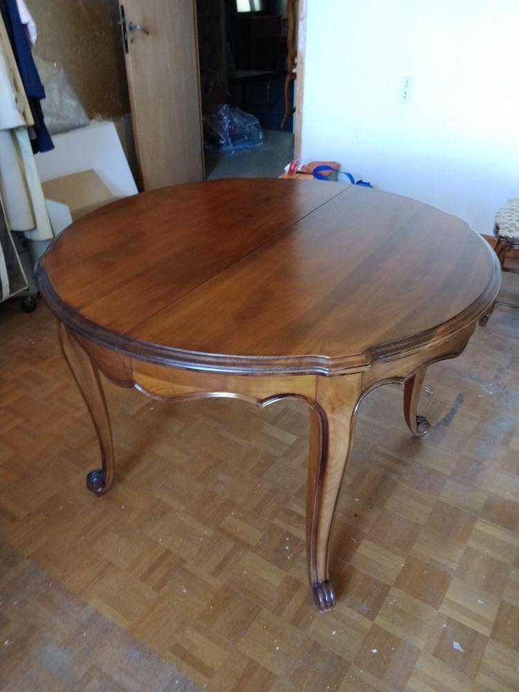 Table ronde bois massif 400 Charnècles (38)