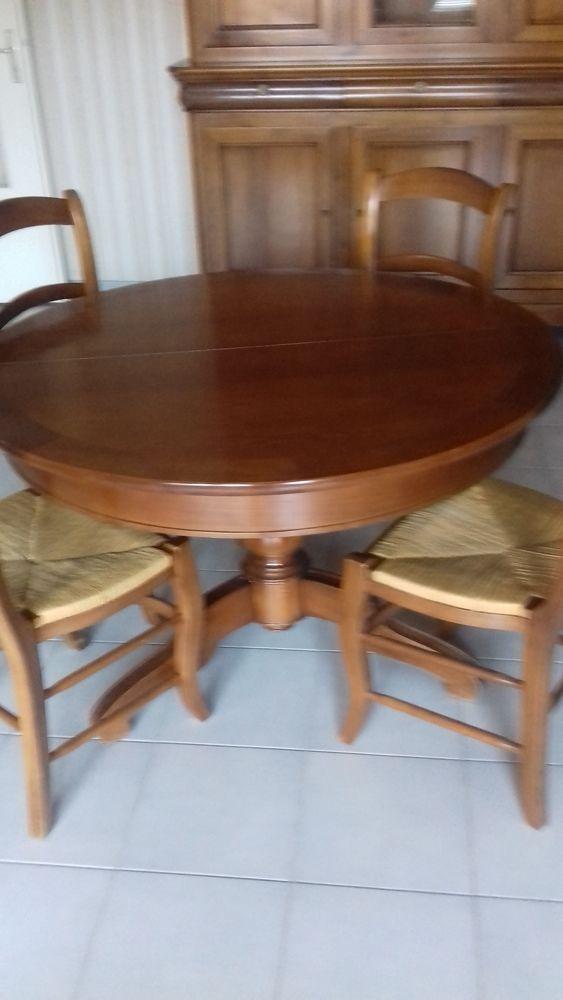 table ronde et 4 chaises 300 Toulouse (31)