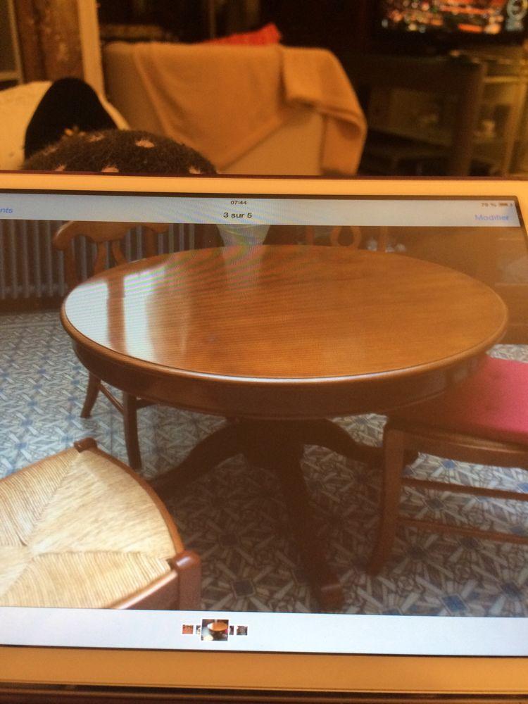table en merisier occasion orchies 59 annonces achat et vente de table en merisier. Black Bedroom Furniture Sets. Home Design Ideas
