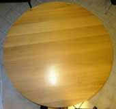 Table ronde et 4 chaises en chêne massif 400 Messigny-et-Vantoux (21)