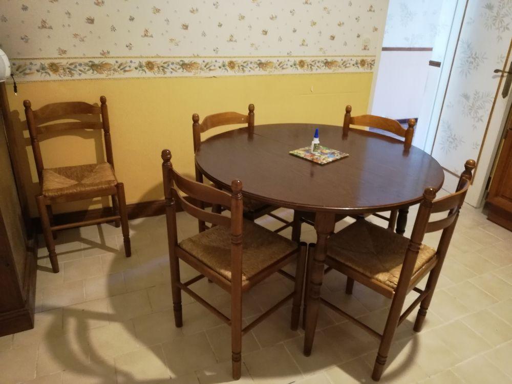 TABLE RONDE et CHAISES PAILLEES 170 Notre-Dame-de-Sanilhac (24)