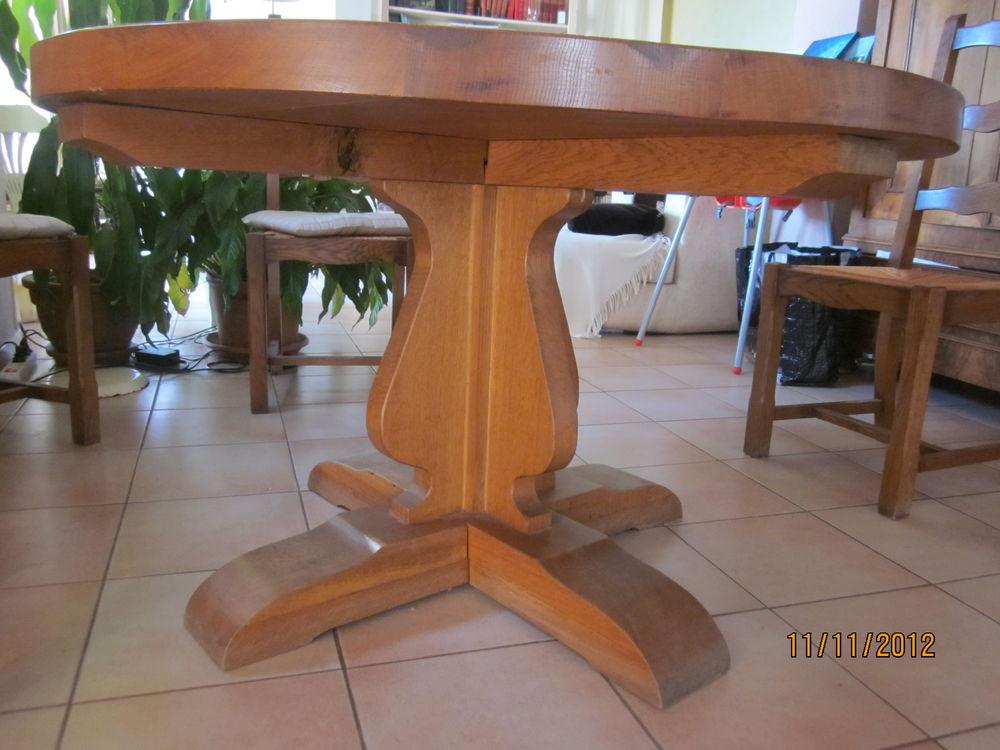 Table ronde en chêne massif fabrication artisanale  0 La Ciotat (13)