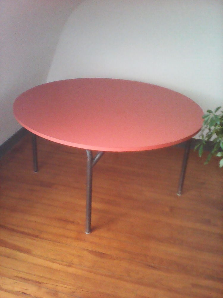 table ronde formica orange meubles with meuble formica occasion. Black Bedroom Furniture Sets. Home Design Ideas