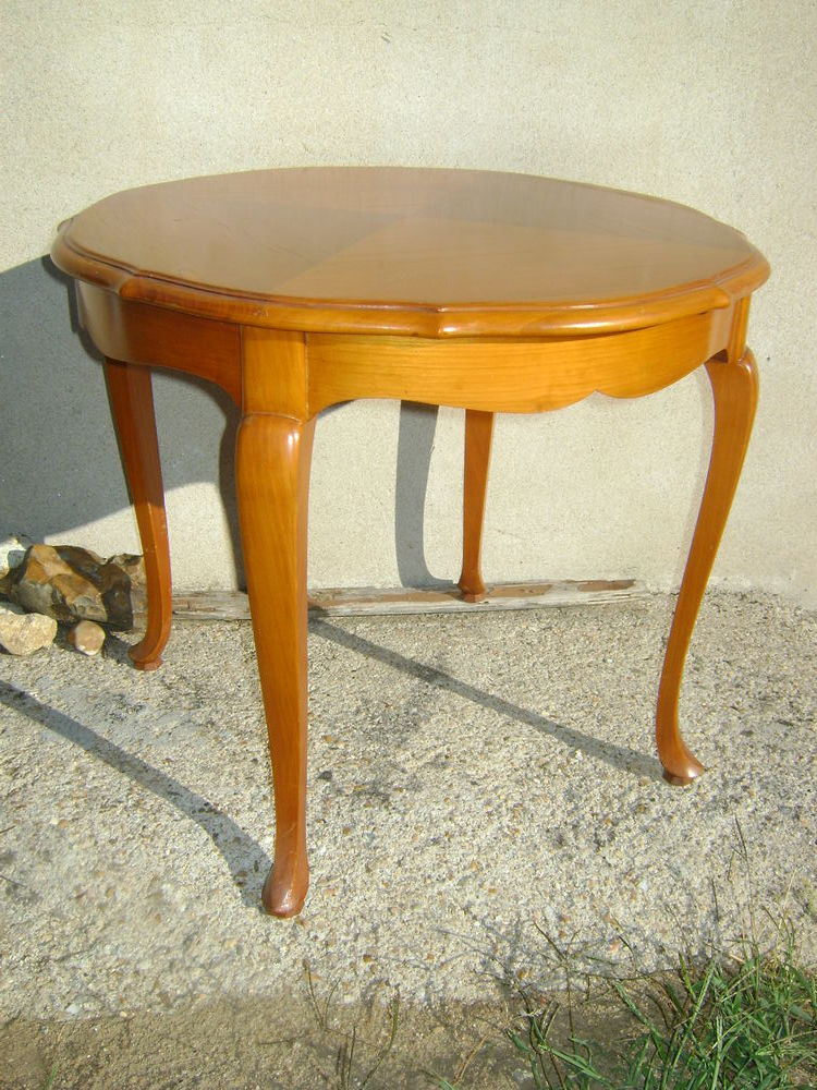 Table ronde Louis XV 100 Châtellerault (86)