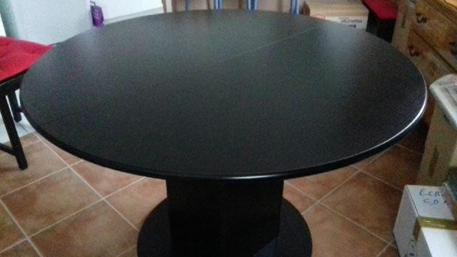 Table ronde noir 90 Évry (91)