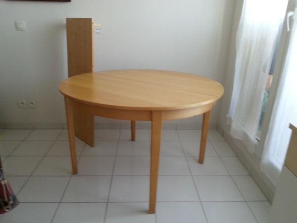 tables bouleau occasion annonces achat et vente de tables bouleau paruvendu mondebarras page 5. Black Bedroom Furniture Sets. Home Design Ideas