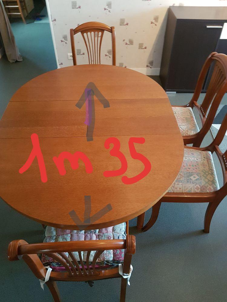 Table ronde à rallonge + 6 chaises -100 euros 100 Ménil-Hubert-sur-Orne (61)
