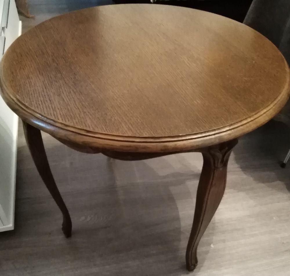 TABLE RONDE SIGNEE RISKOFF  70 Créhange (57)