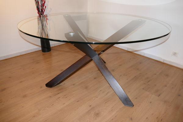 Achetez table ronde en verre occasion annonce vente for Table ronde verre et bois