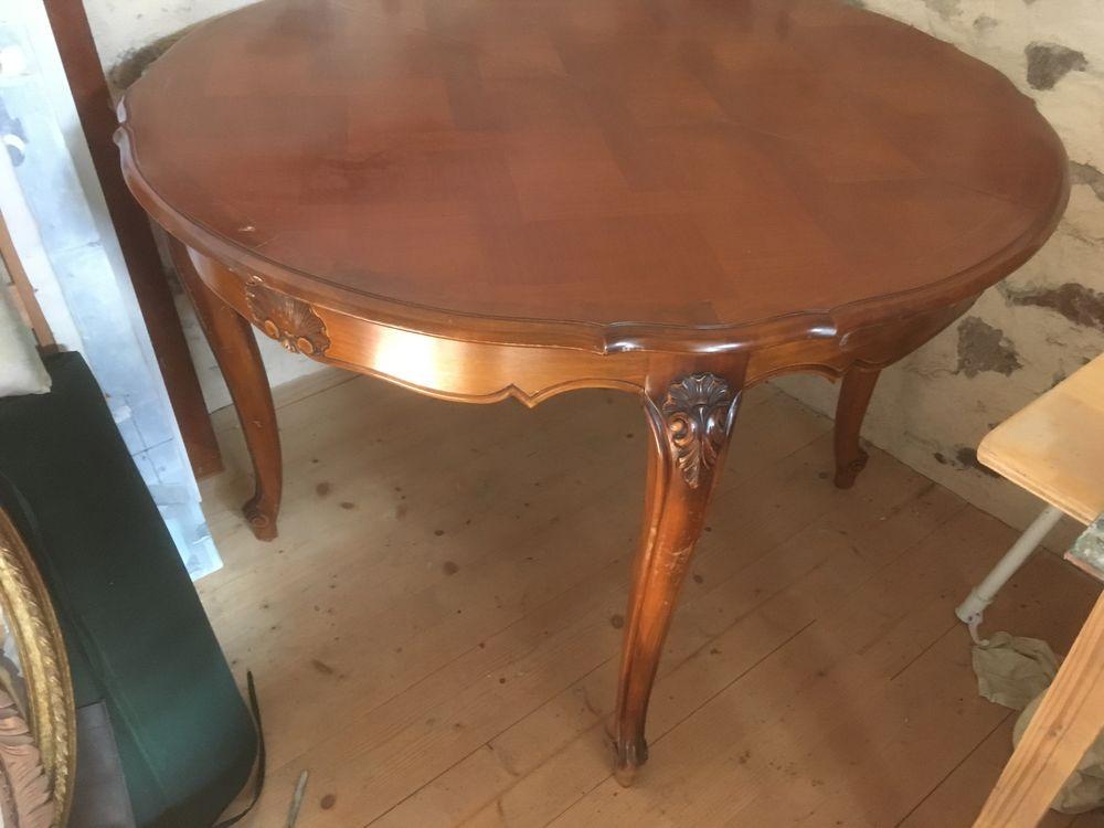 Table ronde 110 cm  85 Quimperlé (29)