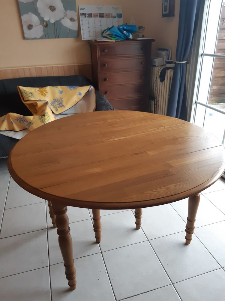 table ronde 150 Monts (37)